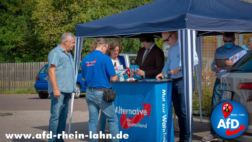 Infostand der AfD Rhein-Lahn in Nastätten mit Andreas Bleck, MdB