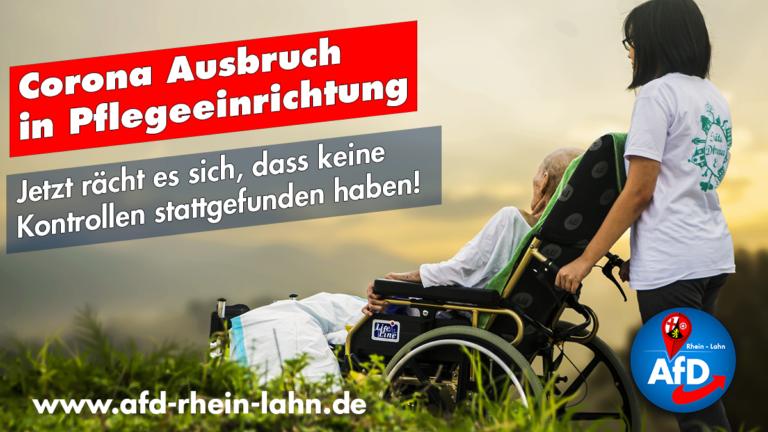 alte gebrechliche Person im Rollstuhl mit Pflegekraft